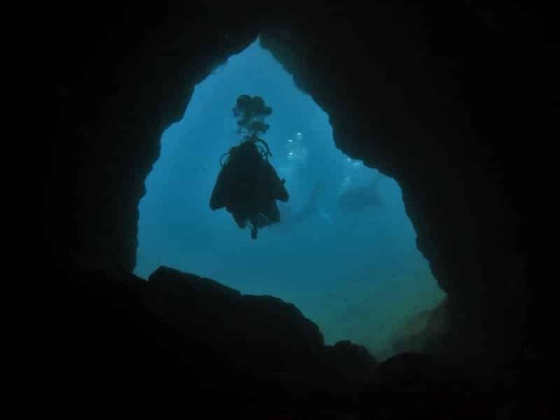 El Salto Tauchplatz el hierro tauchen kanaren marine reservat mar de las calmas höhle eingang (2)